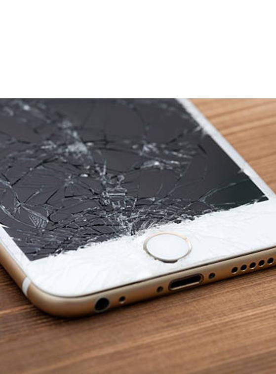GSM-Сервиз-Смяна-на-счупено-стъкло-iPhone